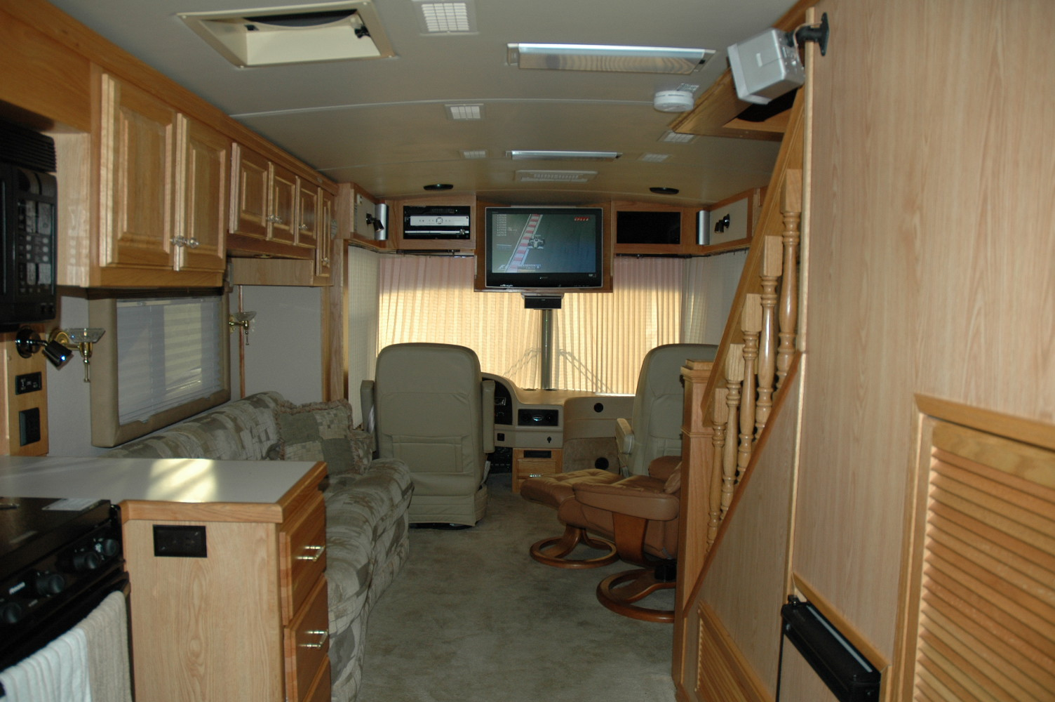 Speedway rv rentals and infield packages for Motor home rentals dallas